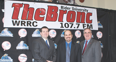 Photo of 107.7 The Bronc gets Thunderstruck with new deal