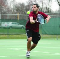 Photo of Tennis teams bounce back to defeat MAAC rival