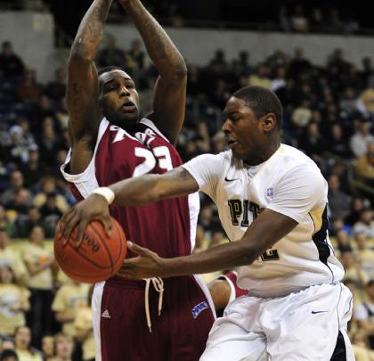 Photo of Basketball Blog: Rider opens with early tests