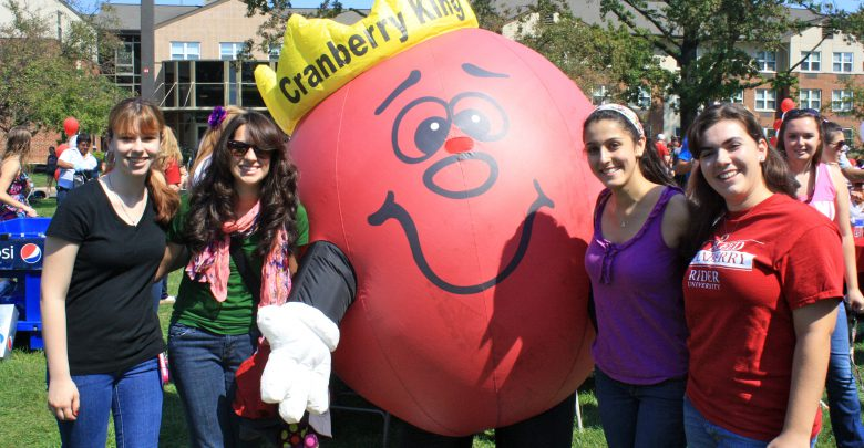 Photo of Photo Gallery: Cranberry Fest 2012