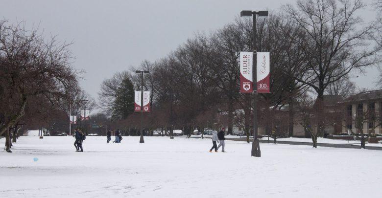 Photo of Photo Gallery: Snow Around Campus