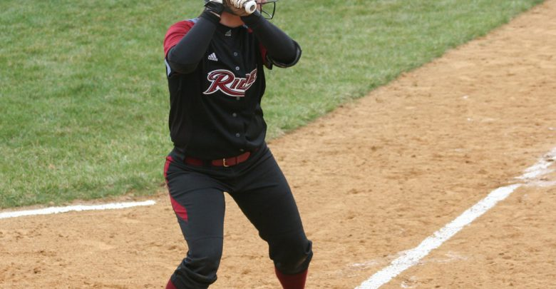 Photo of Softball team still in MAAC mix after series split