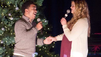 Photo of R Factor favorites return for holiday bash