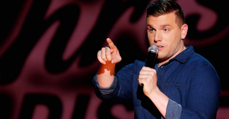 Photo of Comic delivers interactive, relatable performance
