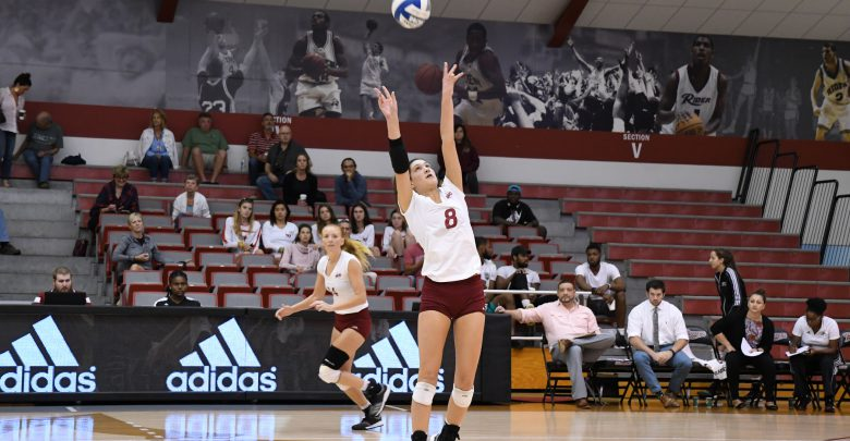Photo of Broncs open MAAC play with victory