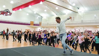 Photo of Dancing with a star: Celebrity teaches class