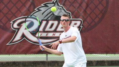 Photo of Broncs drop matches despite singles victories
