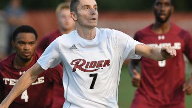 Photo of Men's Soccer Broncs drop opening match at UConn
