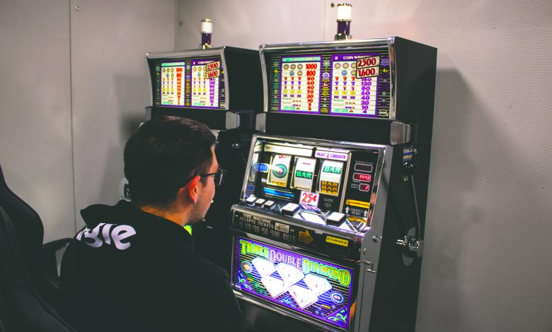Photo of Bet on it: New lab studies gambling addiction