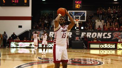 Photo of Men's basketball starts season with win