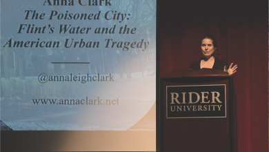 Photo of Anna Clark shares her book advocating on behalf of Flint, Michigan