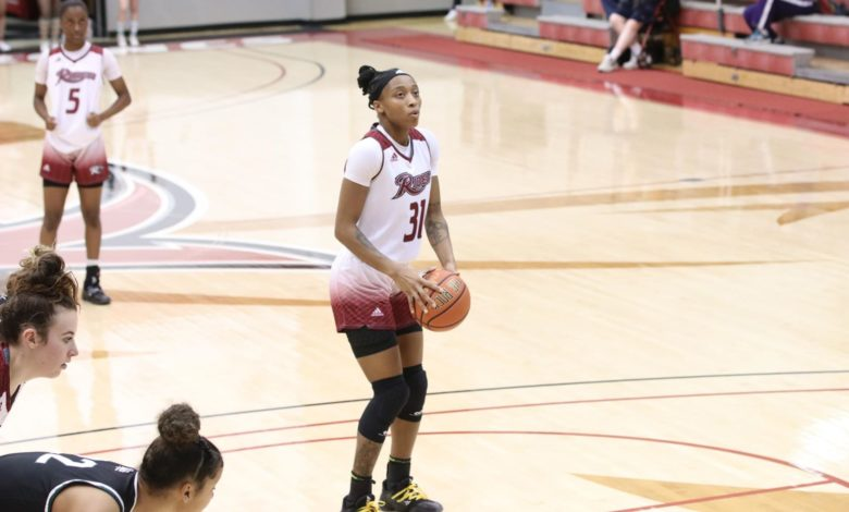 Photo of Broncs remain perfect in MAAC play with win