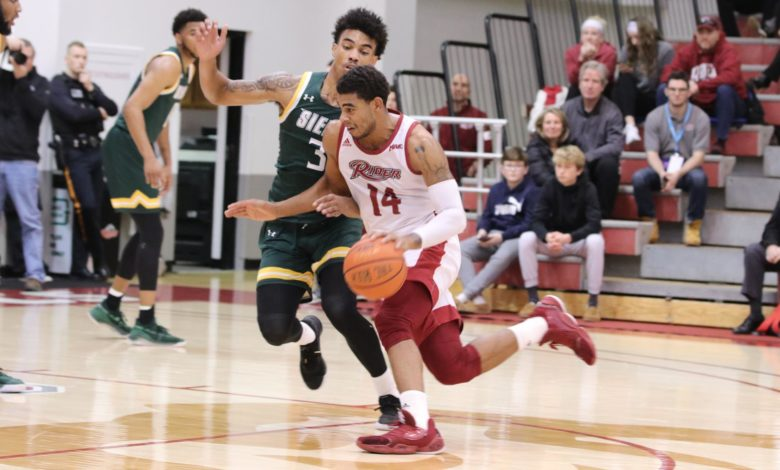 Photo of Broncs blast past Siena to 2-0 conference start